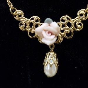 Vintage 1928 Fashion Necklace